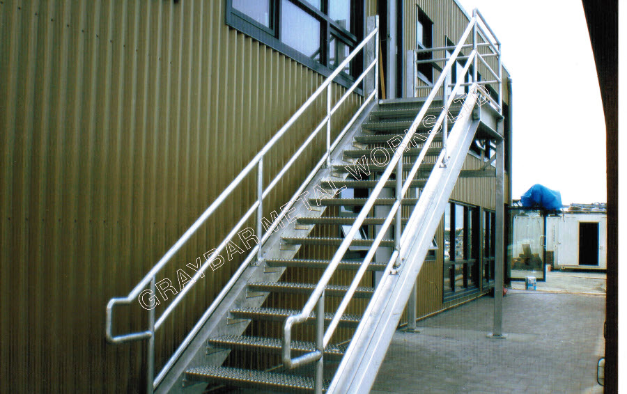Perfect Products   Aluminum Staircase